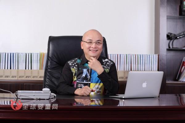 七波辉总裁陈锦波携全体员工给全国人民拜年了