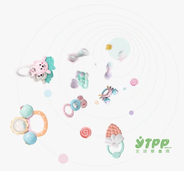 宝宝牙胶什么时候用  可优比手摇铃牙胶玩具  舒缓宝宝出牙的庝痛