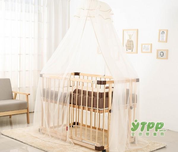 宝妈们还在纠结让宝宝跟自己睡还是单独睡? 让它来告诉你