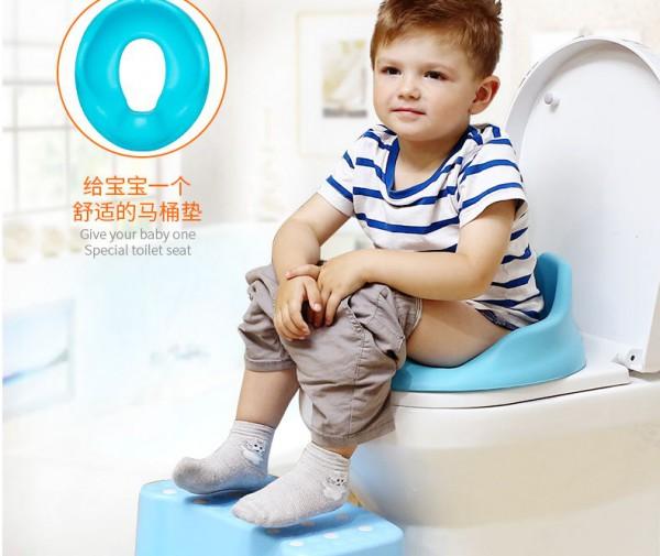 进口宝得笑儿童坐便器 一体式设计婴儿马桶垫
