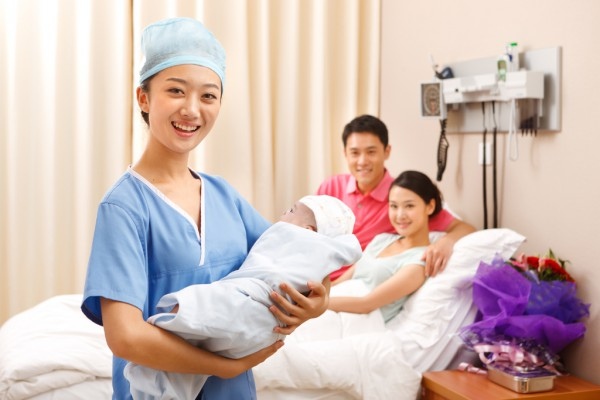 孕妈妈产后多久会来月经      顺产后多久来月经正常