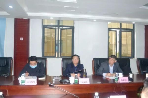 江西省政协副主席、工商联主席雷元江走访人之初,企业发展获肯定!