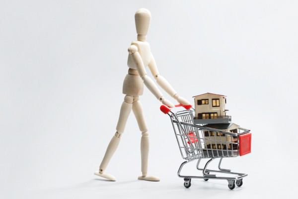 当顾客说店里比网上贵,你该如何应对?