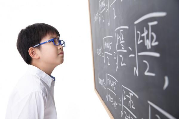 人工智能产品引关注 第21届北京幼教展汇聚700余家展商