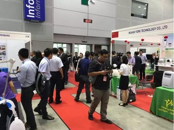 马来西亚参加医疗器械国际展圆满成功 马来卫生部部长惊呆了的变色退热贴