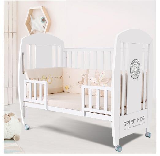 给宝宝选择什么床好  spiritkids宝宝实木婴儿床呵护宝宝的睡眠