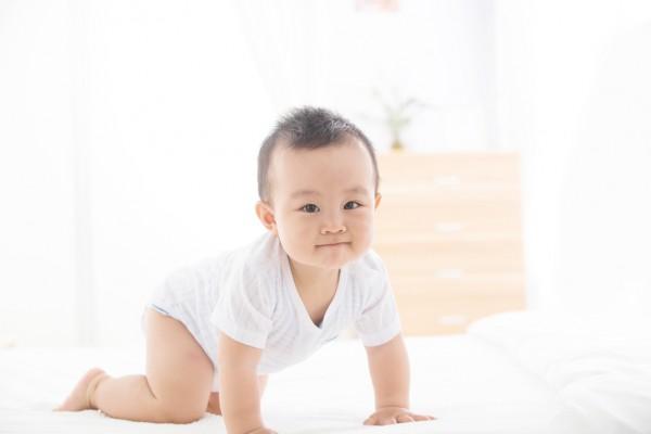 """宝宝患了尿布疹真的就是纸尿裤的原因吗   宝宝红屁屁问题不是纸尿裤的""""锅"""""""