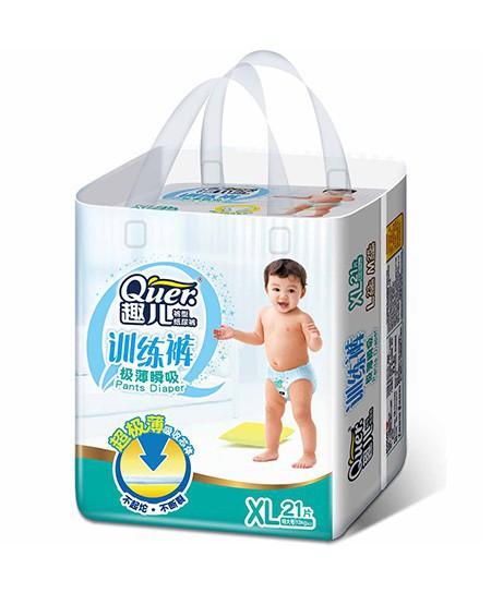 趣儿极薄瞬吸训练裤让宝宝活动自如,自由探索