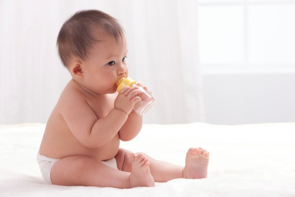 婴儿奶瓶PPSU材质好吗?贝亲双把手宽口径PPSU奶瓶值得信赖