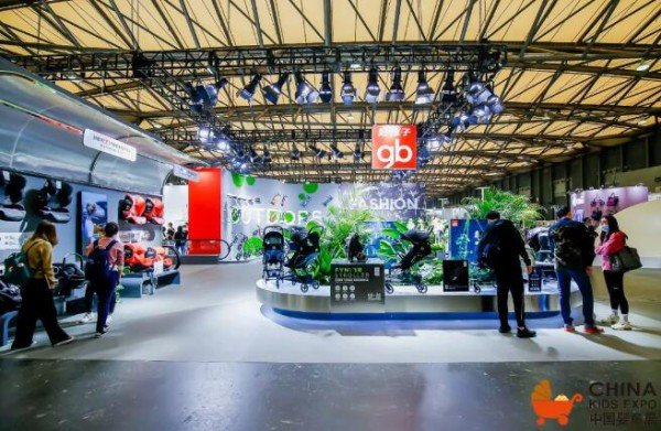 """好孩子CEO姜蓉芬:打造""""最""""级别产品,科技创新是全品类的研发策略"""