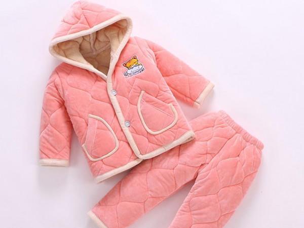 朵朵莉儿童水晶绒家居棉服 加厚保暖不掉毛 让宝宝冬季更温暖