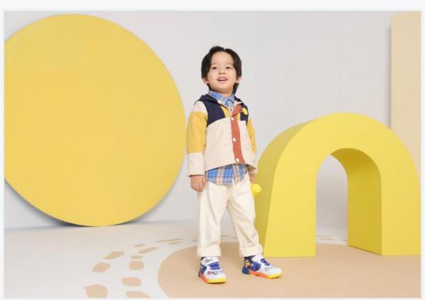 如何给婴幼儿宝宝挑选学步鞋?江博士为你选鞋来支招