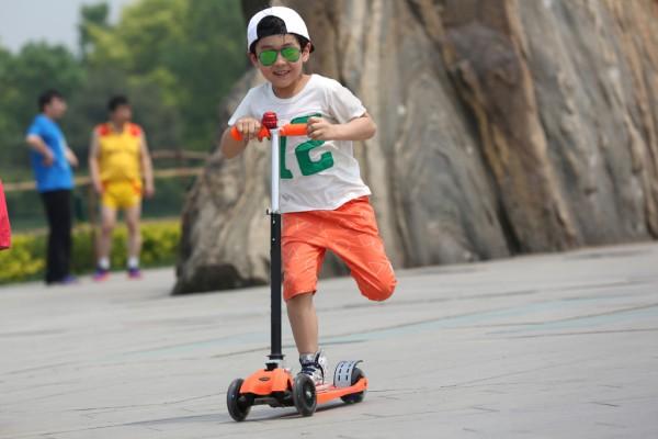 一家滑行车被召回:永康市仕哲五金制品厂召回部分滑行车(溜娃神器)