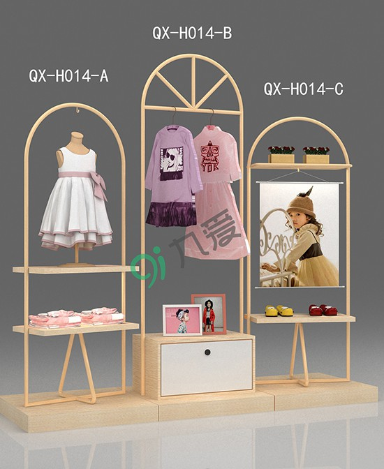 童装店怎么做好换季时新品上架和过季货品促销的陈列  九爱道具展柜为您支招