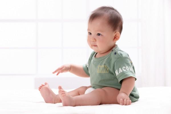 宝宝纸尿裤过敏是怎么回事   不同时期的纸尿裤怎么选