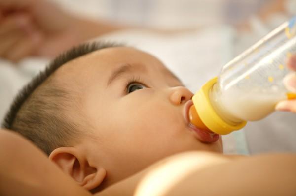 新規將出  固體飲料冒充特醫奶粉難了