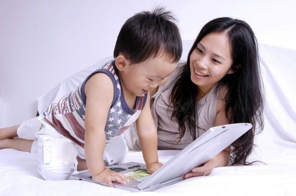 #2歲寶寶突然告白萌化老爸#   寶寶2歲多還不太會說話有問題嗎