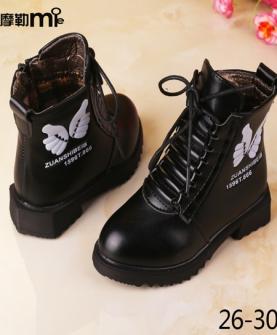 女童时尚雪地靴