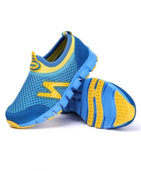 儿童网面运动鞋