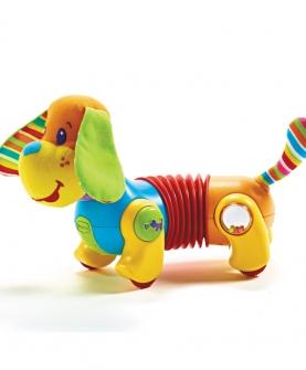 宝宝爬行训练宠物狗