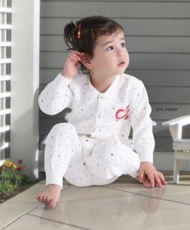 秋冬婴儿服饰