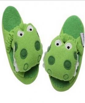 鳄鱼可爱卡通家居鞋 棉拖鞋 儿童防滑拖鞋