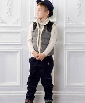 男童毛线衣+羽绒马甲