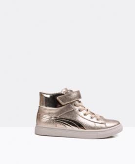 时尚新潮板鞋