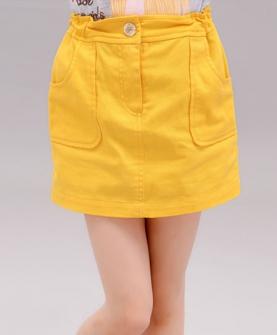 黄色简单时尚短裙