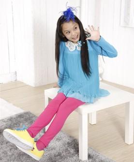 蓝色长袖女童上衣