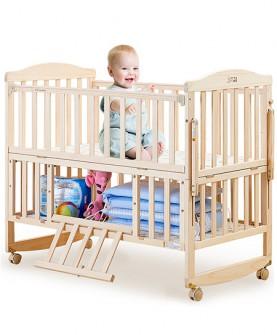 松木婴儿床