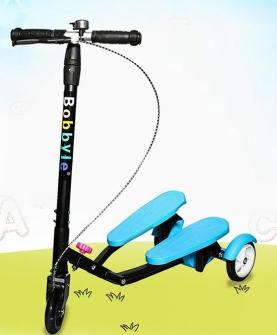 儿童折叠滑板车