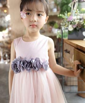 衣童盟粉色贴花连衣裙