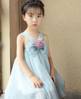 衣童盟浅蓝蝴蝶结连衣裙