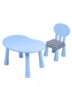 幼儿园书桌椅子