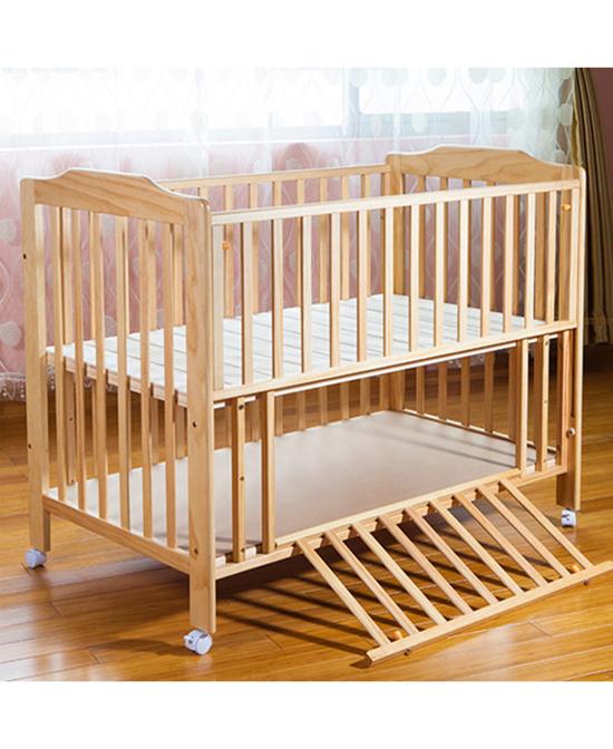 拉Q贝比欧式实木婴儿床