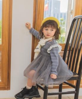 灰色时尚连衣裙